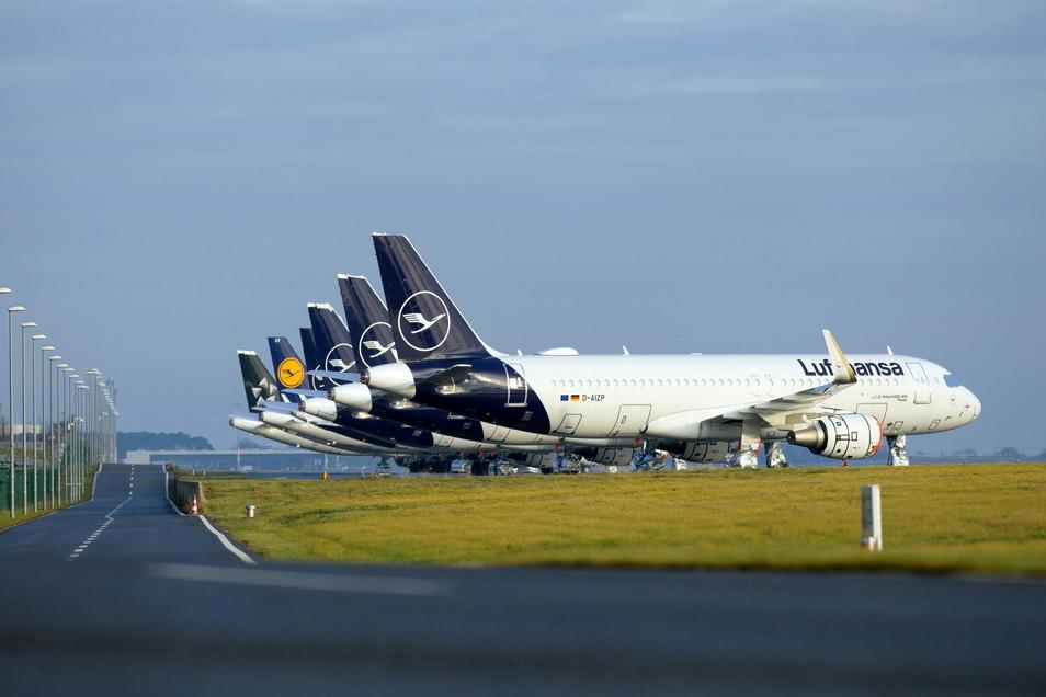 Wegen Corona sind viel weniger Flugzeuge in der Luft