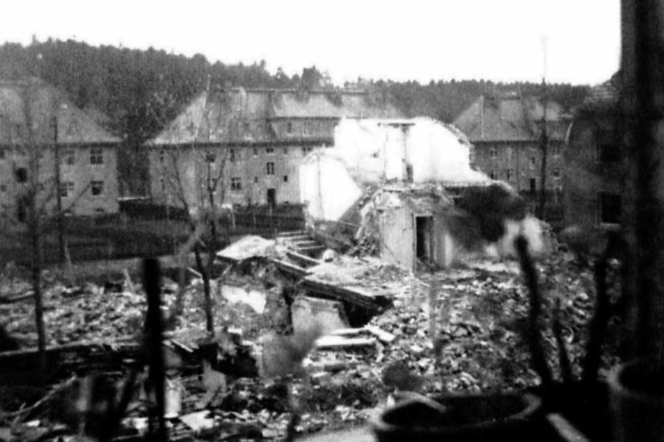 Pirna, Südvorstadt. Zerstörungen durch den Bombenangriff auf die Hermann-Göring-Siedlung am 15. Februar 1945.