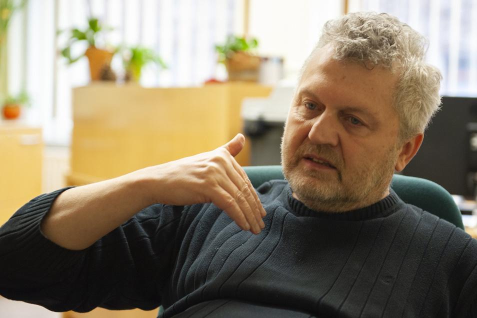 Thomas Bräuer ist philosophischer Psychologe mit Praxis in Großenhain auf der Meißner Straße.