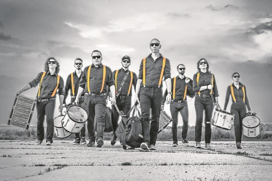 """Die Band """"Play"""" ist fester Bestandteil der Görlitzer Musiklandschaft und regelmäßig auf Bühnen und Straßen unterwegs. Nun kommen die Vollblutmusiker nach Bad Muskau."""