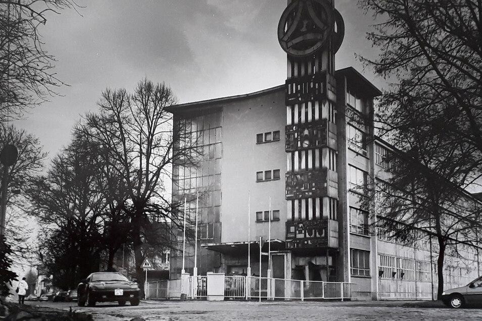 Ein Blick auf das Prüfgerätewerk Freital 1993. In dem Werk verbrachte Klaus Dimter 25 Jahre seines Berufslebens. Der Komplex am Goetheplatz wurde später abgerissen.