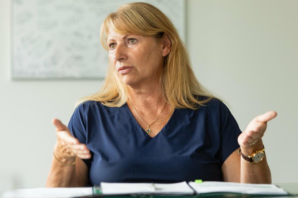 Sachsens Sozialministerin Petra Köpping (SPD) will die Ämter stärken