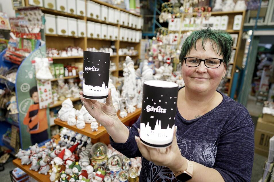 Kerstin Kraunus in ihrem Geschäft: Hier verkauft sie nun die Görlitz-Lampen.