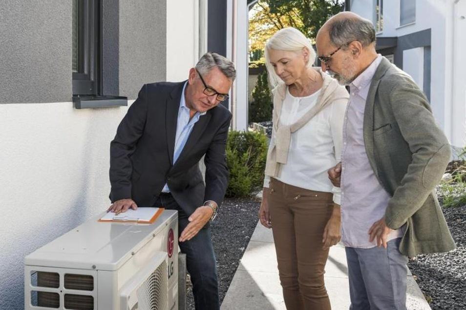 Wärmepumpen sind eine clevere Alternative zu Heizsystemen, die auf fossilen Brennstoffen basieren. Bei der Installation sollte man aber auf ein paar Dinge achten.
