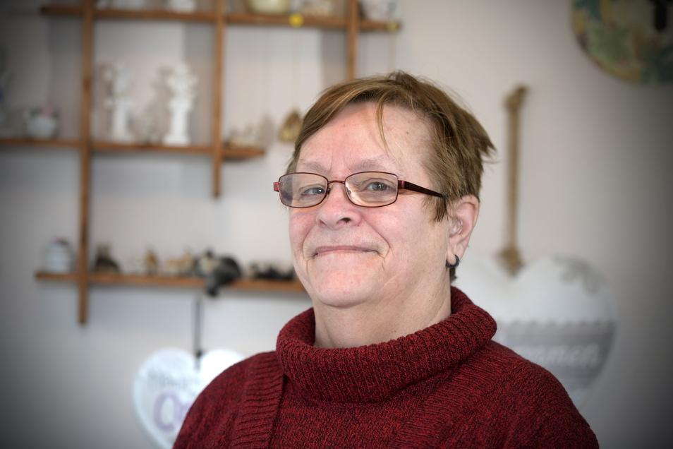 Marion Oppelt genießt es, sich wieder unterhalten zu können ohne ständig nachfragen zu müssen, weil sie ihr Gegenüber nicht verstanden hat.