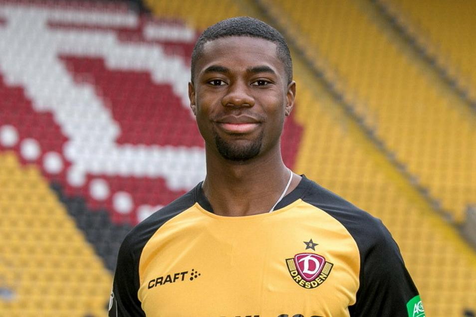 Leroy Kwadwo: Bei seinem Dynamo-Debüt ohne Anpassungsprobleme, geht auf Nummer sicher, kann aber auch zulangen. Note: 3