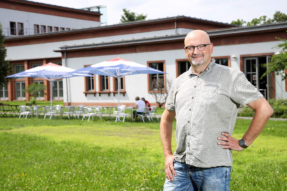 Essen im Grünen: Das möchte Holger Selle seiner Kantinen-Kundschaft künftig an der Riesaer BA schmackhaft machen. Denn aus dem gewohnten Stahlwerks-Areal muss Gastro-Selle bis Ende August ausziehen.