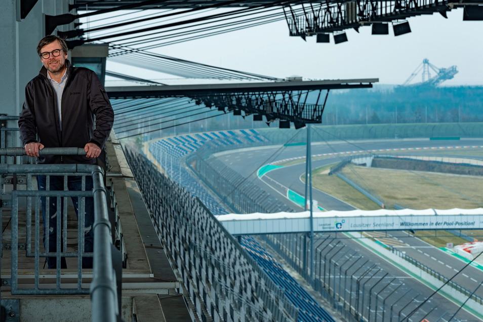 Rennleiter Mario Kuntzsch kam kurz nach der eröffnung auf den Lausitzring. Foto: Th. Kretschel