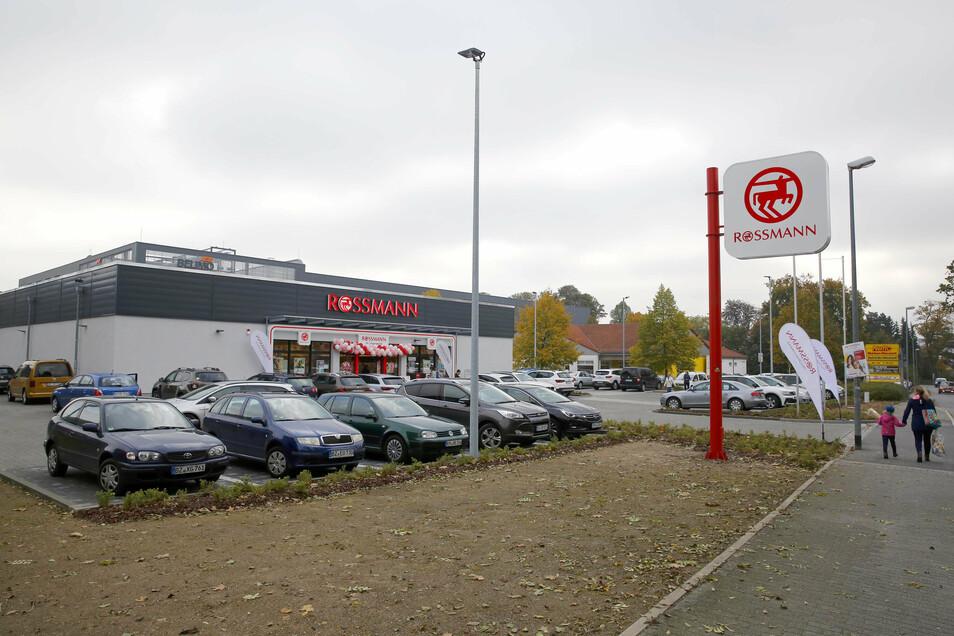 An der Pulsnitzer Straße in Großröhrsdorf eröffnete jetzt eine Rossmann-Filiale.