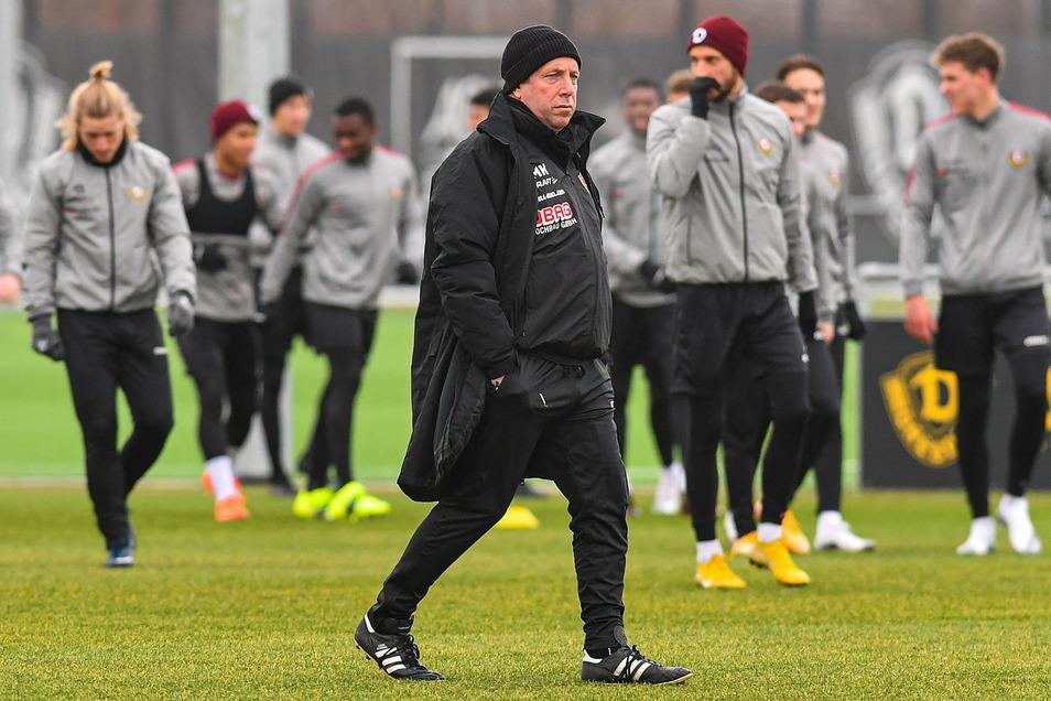 Trainer Markus Kauczinski ist seit Donnerstag wieder zurück auf dem Trainingsplatz.