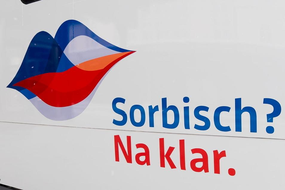 Die sorbische und wendische Sprache soll vor allem im Alltag eine größere Rolle spielen. Die Stiftung für das sorbische Volk sucht nach Ideen, wie das gelingen kann.