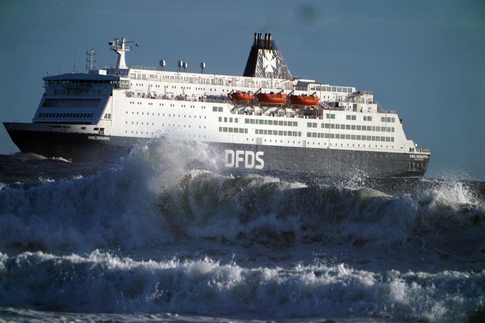 Ein DFDS-Schiff in der Nordsee: Notfalls sollen Fähren wichtige Güter nach Großbritannien bringen.