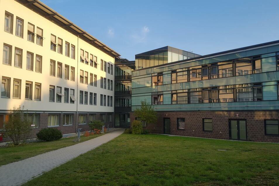 Das Krankenhaus Zittau im Herbst 2020.