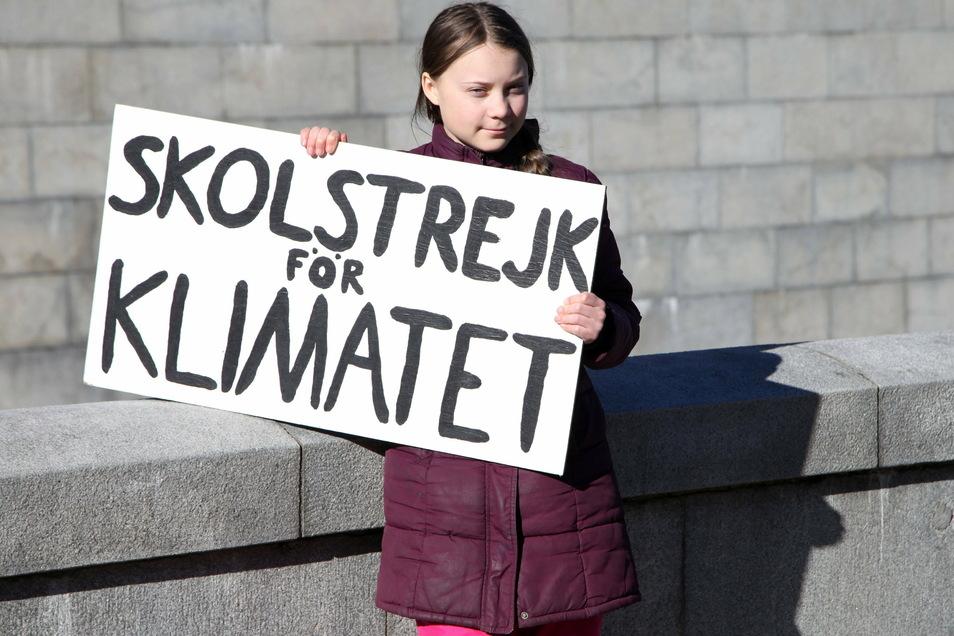 Kein Teenager stand in den vergangenen Jahren so im Fokus der Weltöffentlichkeit wie Greta Thunberg. Jetzt wird die junge Schwedin volljährig.
