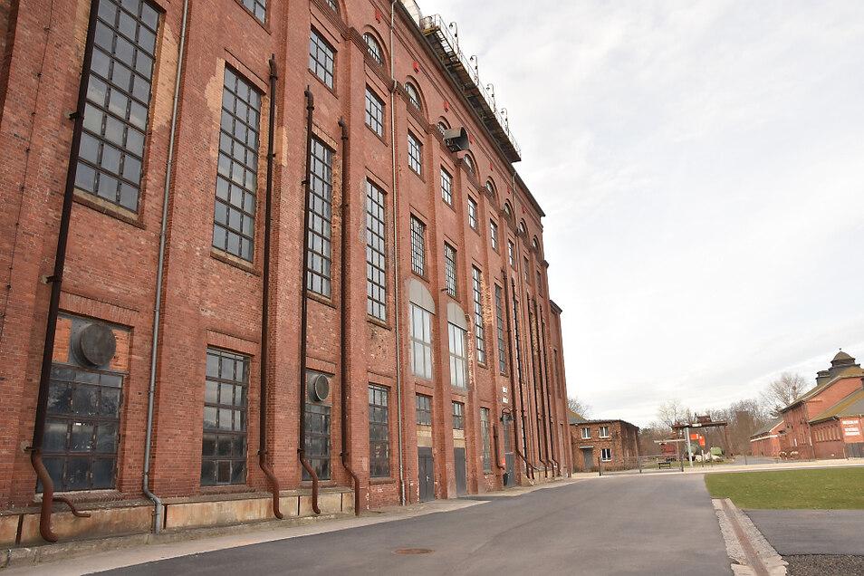 Am hinteren Ende von Fabrik II soll die Ofensammlung 2022 wieder ihren Platz finden.