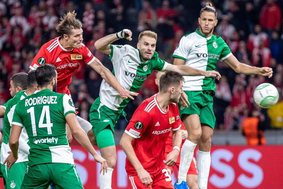 Nach dem Europapokalspiel in der Conference League zwischen dem 1. FC Union und Maccabi Haifa (3:0) hat das Junge Forum der Deutsch-Israelischen Gesellschaft antisemitische Aktionen von Anhängern des Berliner Fußball-Bundesligisten beklagt.