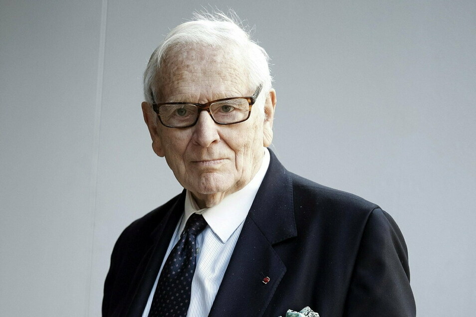 Der französische Designer Pierre Cardin ist nach Medienberichten im Alter von 98 Jahren gestorben.