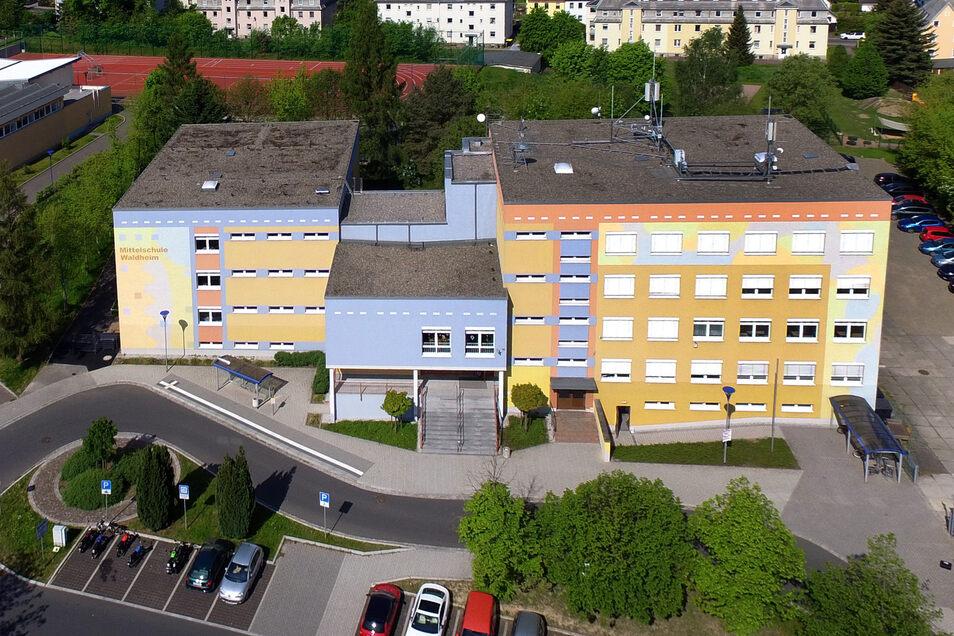 Die Waldheimer Oberschule auf einem Archivfoto.
