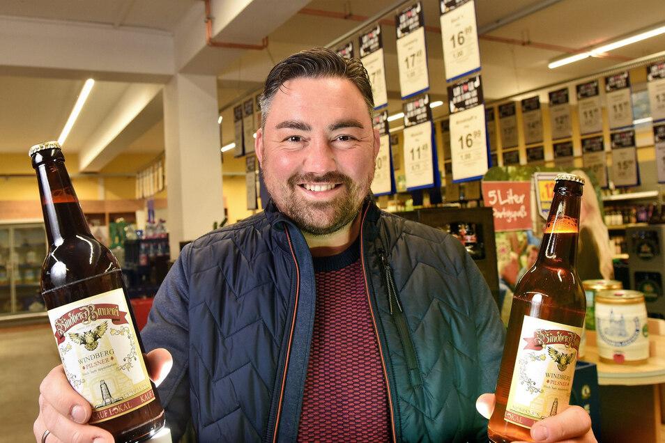 Alexander Frenzel vom Getränkehandel Mierisch in Freital hat das Windberg-Pilsner gebraut.