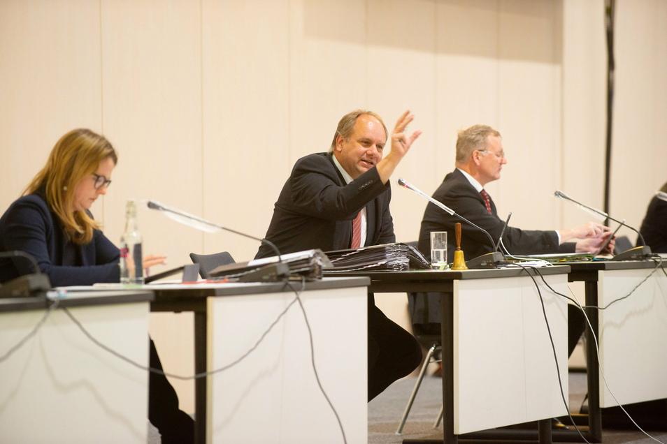 In der Februar-Sitzung des Dresdner Stadtrates fiel nach einer Abstimmung ein Schimpfwort. Das könnte nun Konsequenzen haben.