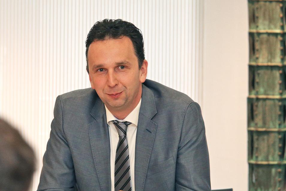 Oberbürgermeister Marco Müller fährt für Kaffee Starke nach Berlin.