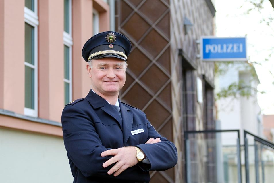Ein Dresdner ist seit dieser Woche Meißens neuer Polizeichef. Der 49-jährige Peer Barthel hat sich vom Streifenpolizisten hochgearbeitet.