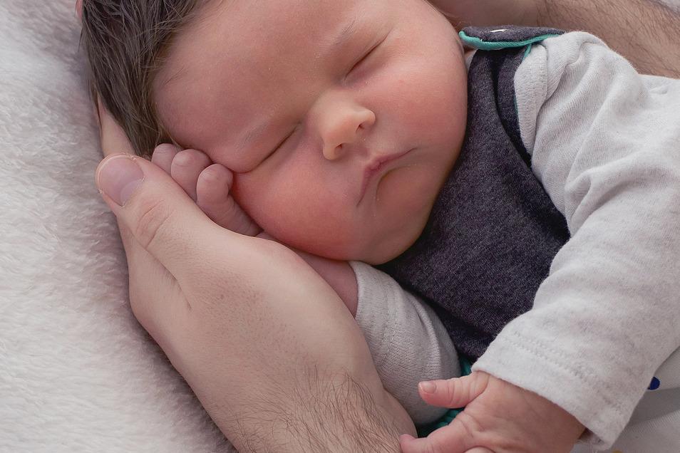 Matthea Menzel, geboren am 21. Januar, Geburtsort: Dresden, Gewicht: 4.285 Gramm, Größe: 52 Zentimeter, Eltern: Julia und Maximilian Menzel, Wohnort: Ottendorf-Okrilla