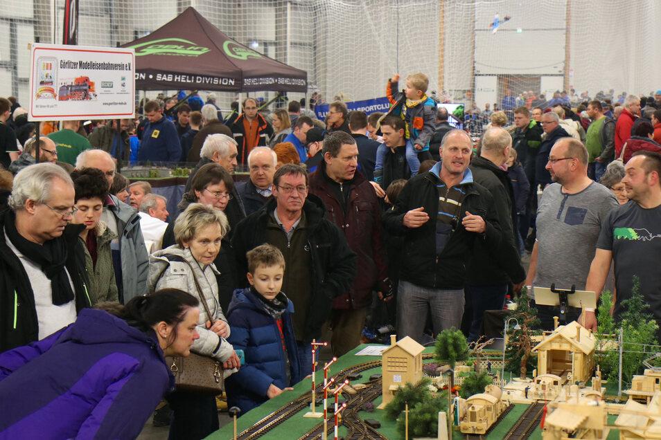 Ein Bild aus 2018: Die Ausstellung in der Messehalle zieht jährlich Tausende Besucher an.
