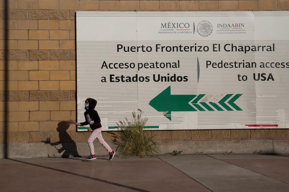 Nach dem Richtungswechsel in der Migrationspolitik lässt die US-Regierung wieder Asylsuchende über die Grenze.