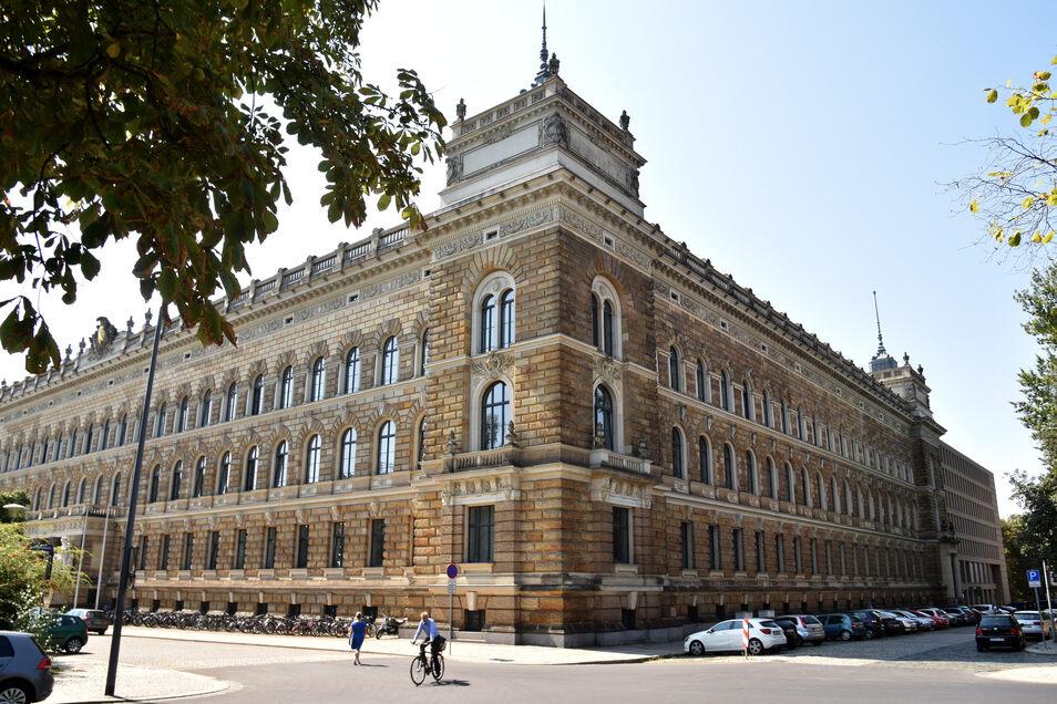 Blick auf das Amtsgericht Dresden: Hier wurde der Fall Roberto S. verhandelt.