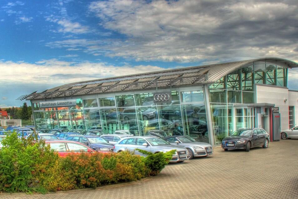 Das Autohaus Lassotta ist markenspezialisierter Vertragshändler für Audi und Volkswagen.