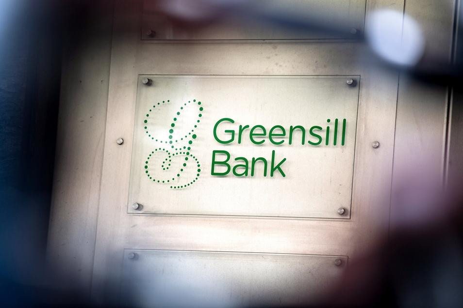 Es wird Jahre dauern, ehe klar ist, ob und wie viel Geld die Stadt Coswig von ihrer 2,5-Millionen-Euro-Anlage bei der inzwischen insolventen Bremer Privatbank Greensill zurückbekommt.