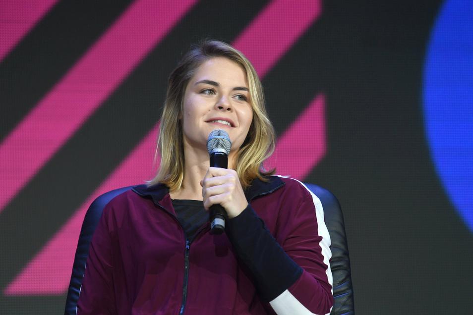 Hat sich bislang nicht zu ihrem Auftritt in Dresden geäußert: Comedian Hazel Brugger.