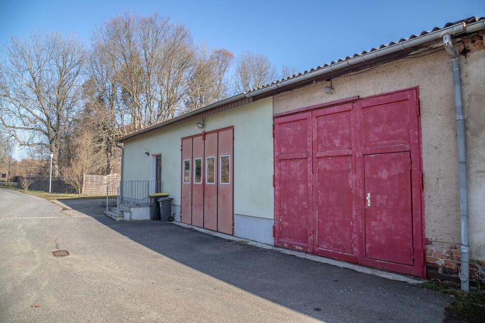 In das Gerätehaus der Freiwilligen Feuerwehr in Hähnichen soll im nächsten Jahr ein neues Löschfahrzeug rollen.