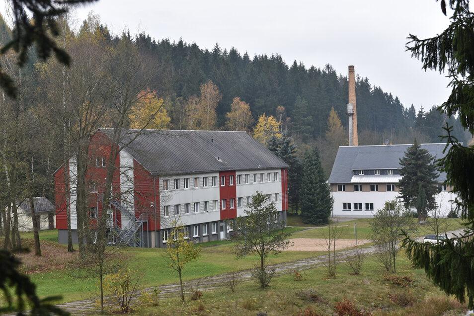 83 Menschen sind derzeit im Wohnheim in Schmiedeberg angemeldet. Die Hälfte von ihnen ist auch vor Ort.