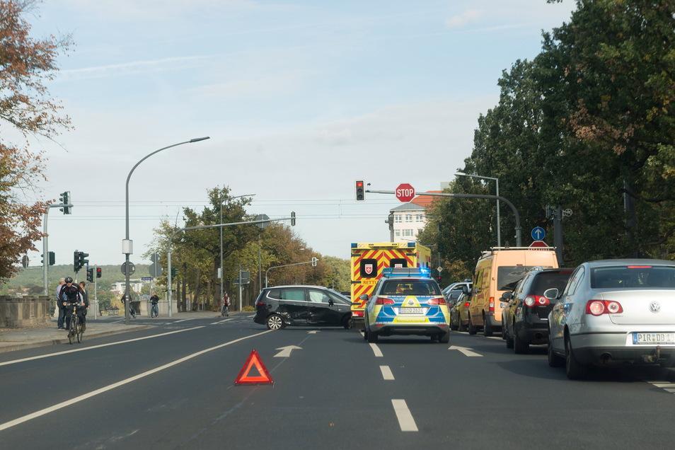 Am Sachsenplatz gibt es häufig Unfälle und Stau - einer der Streitpunkte in Dresden.