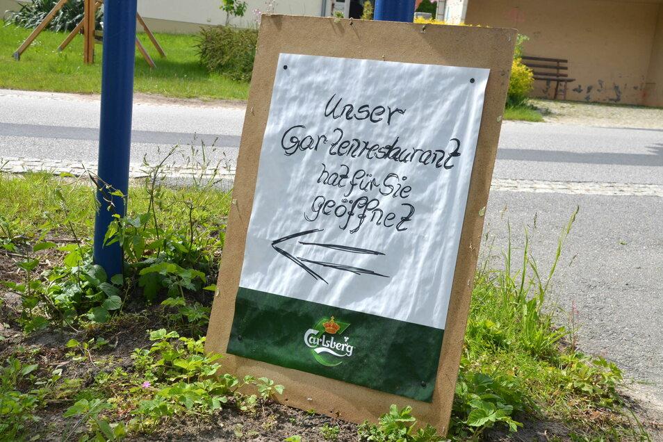Schnell noch geschrieben: Das Gartenrestaurant hat wieder offen.