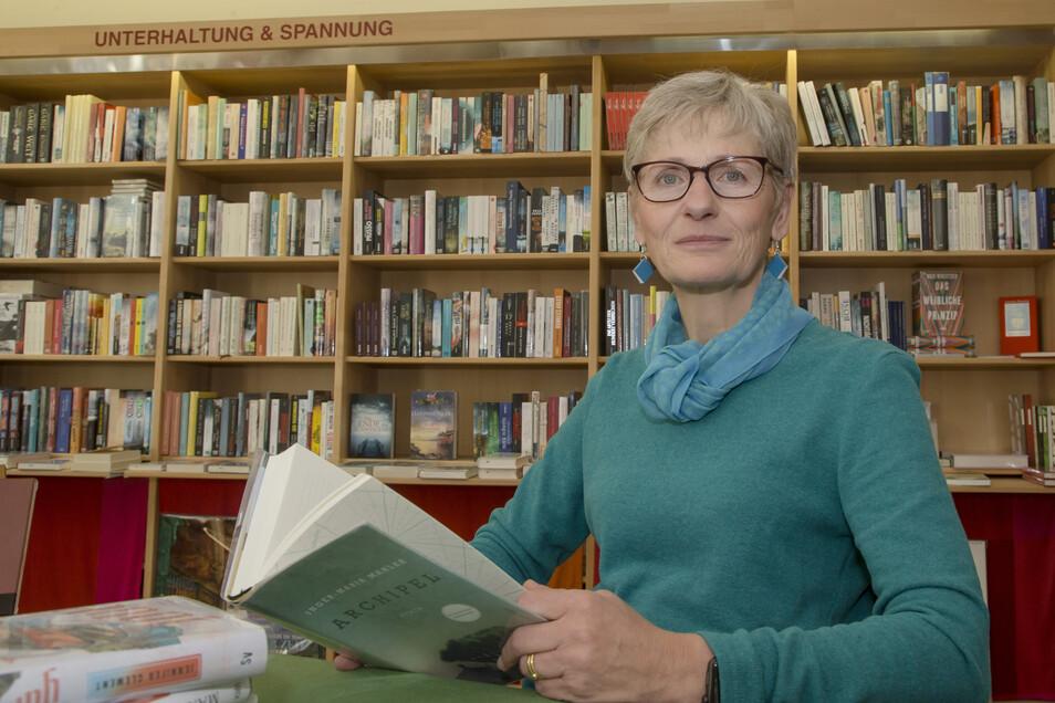 Die Buchhändlerin Annaluise Erler muss eine geplante Lesung im Juni absagen. Sie gibt sich aber zuversichtlich, dass es bald wieder Veranstaltungen geben kann.