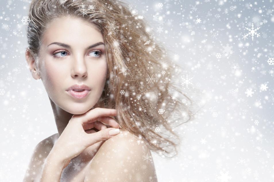 Strahlend schöne Haut – die wünscht sich jede(r), nicht nur zu den Festtagen.