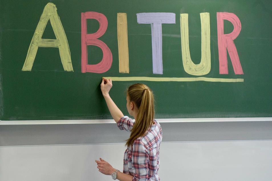 Jetzt sind auch die Nachprüfungen zum Abitur 2020 im Landkreis Bautzen vorbei. Damit steht fest, wie oft die Note 1,0 auf den Abschlusszeugnissen erscheint.