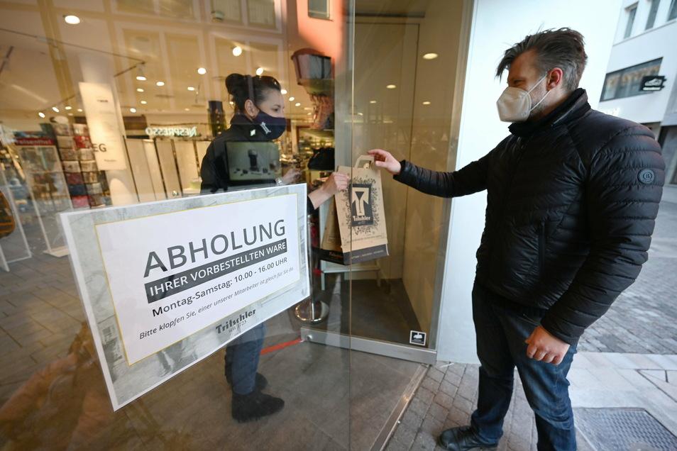 In Sachsen gibt es click&collect - also das Abholen von Waren in Geschäften - nicht
