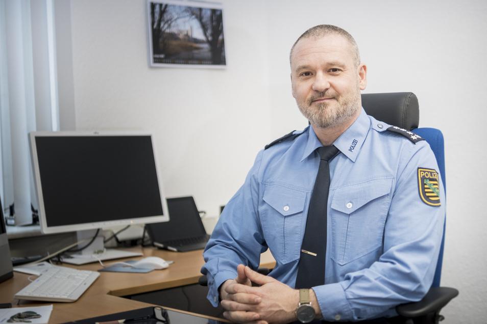 Andreas Wnuck, (48), erster Polizeihauptkommissar, lebt in Döbeln und ist ab sofort Chef des Polizeireviers Riesa.