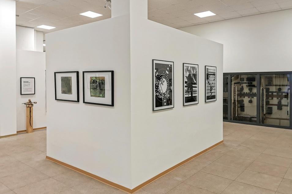 Diese Kunstwerke sind inmitten der Arbeiten zu Umbau und Modernisierung in Knappenrode entstanden. Am Sonnabend ist Ausstellungseröffnung.