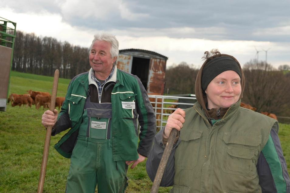 Die Herdenmanager Michael Grasse und Manuela Koch kümmern sich das ganze Jahr um die Tiere.