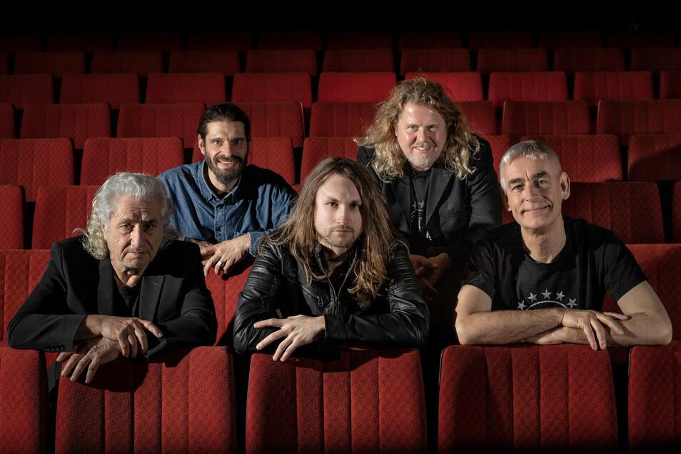 Sind im September wieder auf der Bühne zu erleben: Die Musiker von Stern Meissen treten beim Artrock-Festival in Reichenbach auf.