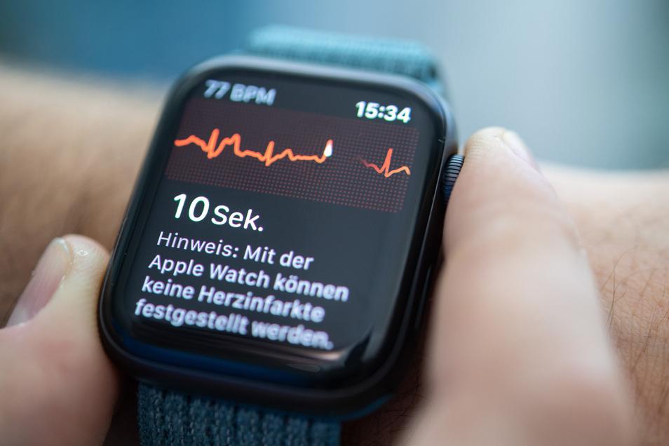 Kann auch ein EKG aufzeichnen: Die Apple Watch Series 4. Heute Abend soll in Cupertino/Kalifornien ein Update vorgestellt werden.
