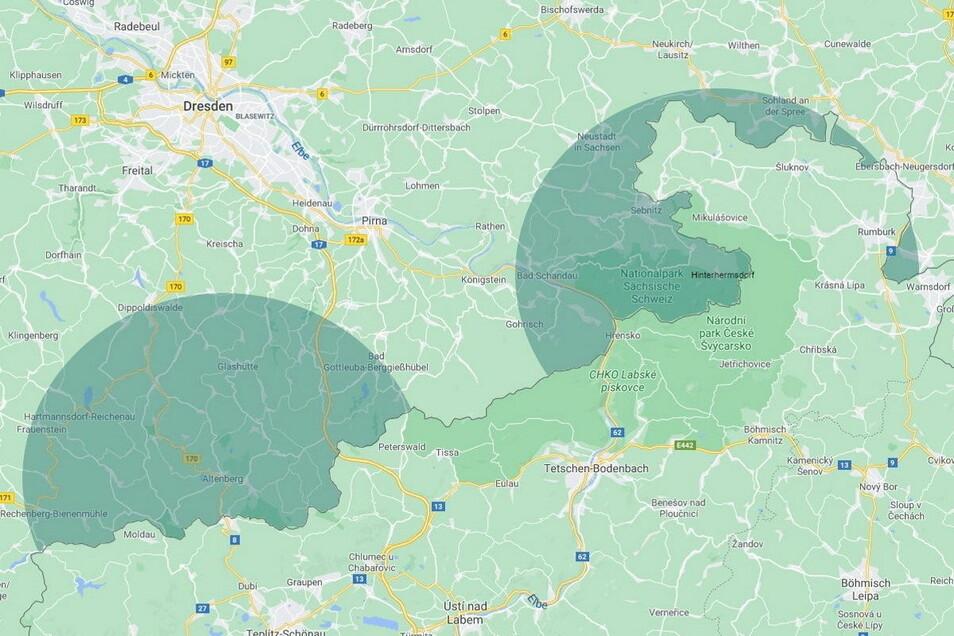 Links: Mittelpunkt Altenberg – die 15-Kilometer-Regelung erzeugt in etwa einen Halbkreis. In Hinterhermsdorf (rechts) ist es nur noch eine Art Kuchenstück.
