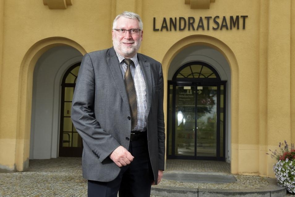 Landrat Matthias Damm (CDU) kann über Budgets in Höhe von 30.000 und 20.000 Euro verfügen, um ehrenamtliche Projekt zu unterstützen.