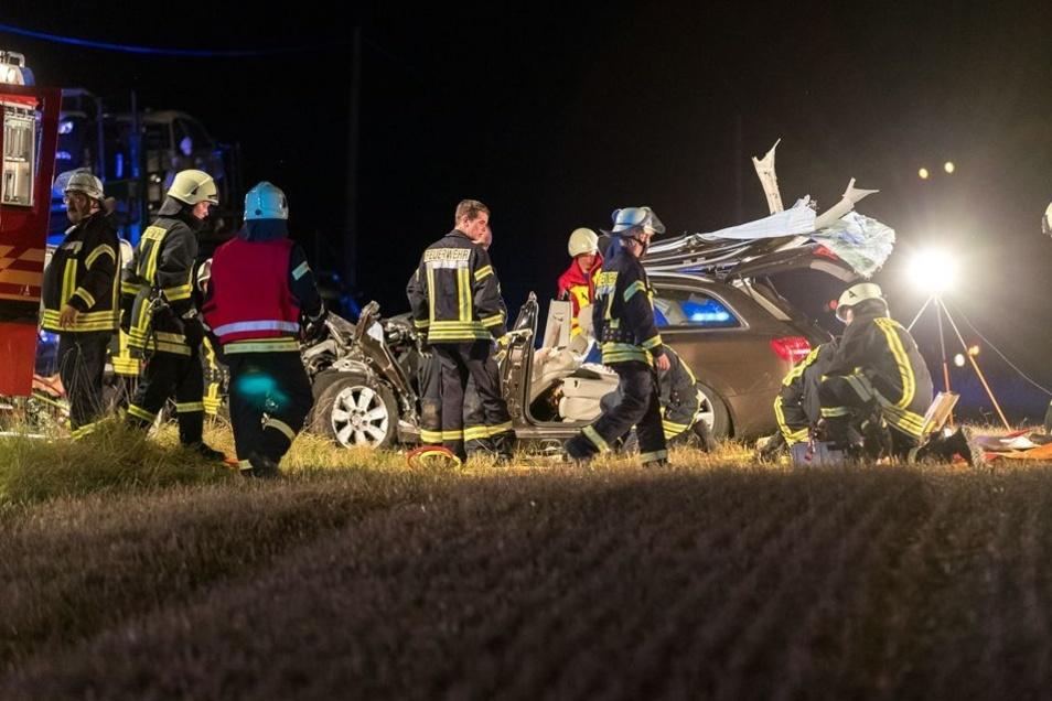 Dutzende Rettungskräfte waren im Einsatz.