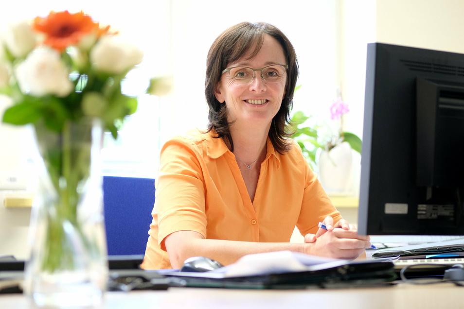 Auf Janet Putz, ab Dienstag kommissarische Meißner Landrätin, wartet viel Arbeit. Der Kreishaushalt muss fertig werden und die beiden Kreistagssitzungen im September und Dezember müssen vorbereitet werden. Dazwischen ist noch eine Neuwahl.